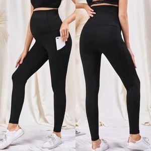MATERNITY phone pocket leggings black high waist